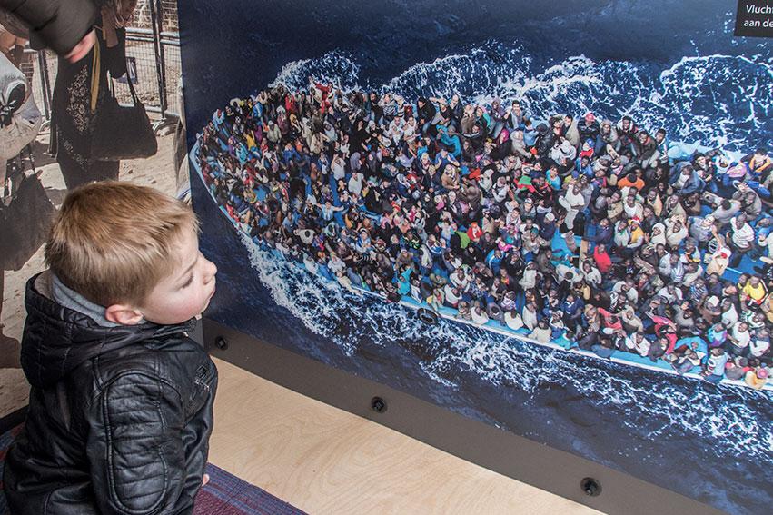 Vluchtelingen Op De Middellandse Zee, Ieder Is Waardevol